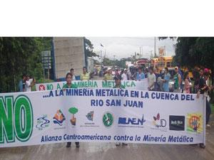 Protesta_contra_mineria[1]