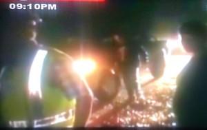 Una imagen de las labores del rescate durante el jueves por la noche. (Foto: TN8).