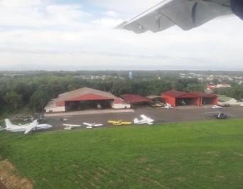 Una foto de la Fuerza de los hangares de la Fuerza Aérea de Nicaragua tomada por infodefensa.com.
