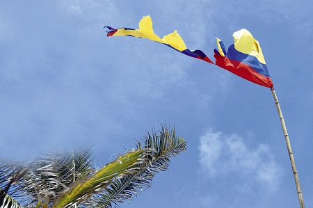 Una bandera colombiana en la Isla de San Andrés, donde muchos desean recobrar la nacionalidad nicaragüense.