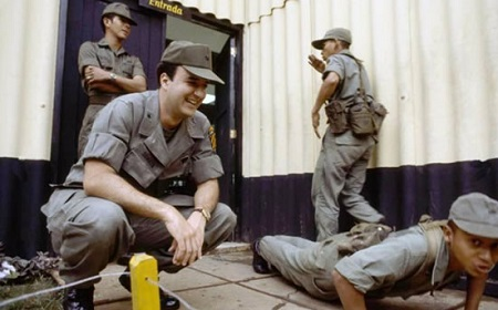 """Anastasio Somoza Portocarrero, alias """"El Chigüín"""", entrena soldados en la EEBI, su ejército personal."""