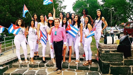 Waskar Medal, coach de reinas de belleza.