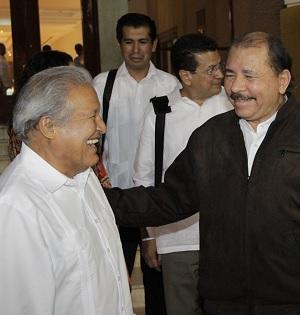 Salvador Sánchez Ceren y Daniel Ortega.